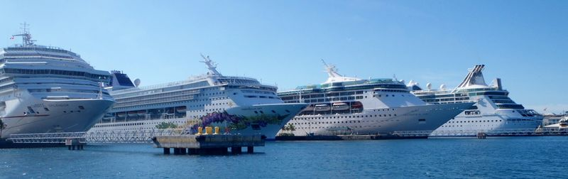 Nassau Cruise Ship Docks