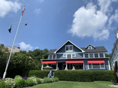 Prestigious Mackinac Island Yacht Club